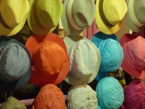 hat-392732_640